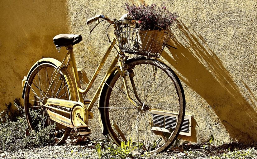 Każdy pasjonat jazdy rowerowej z pewnością wyczekuje, aż wszelkie śniegi oraz lody zginą już w zapomnienie.